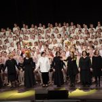Daugiausia patalpoje spektaklio dirigentų